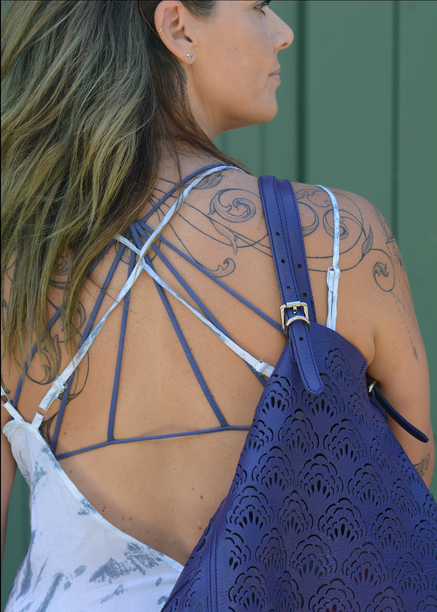 strappy bras backless dresses fancy bags summer
