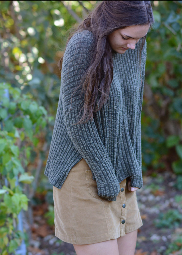 american eagle sweater perfect for fall